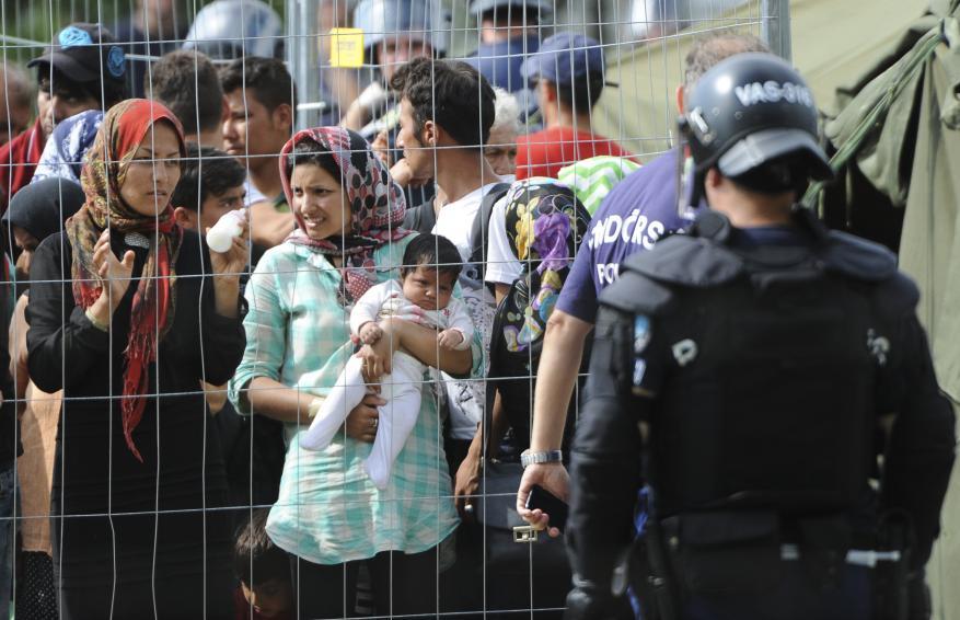 الأمم المتحدة تطالب المجر بالمساح لطالبي اللجوء بالوصول إليها