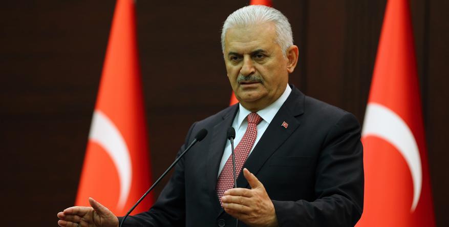 تركيا تدعو واشنطن للتخلي عن دعم القوات الكردية