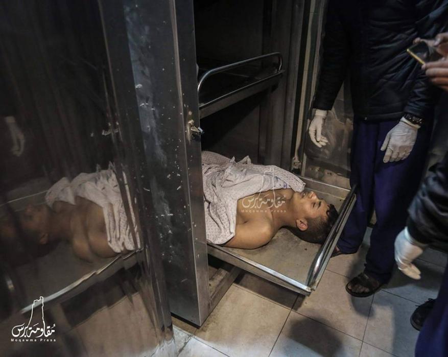 ثلاثة شهداء جراء إستنشاق غاز في نفق دمره الجيش المصري على حدود القطاع