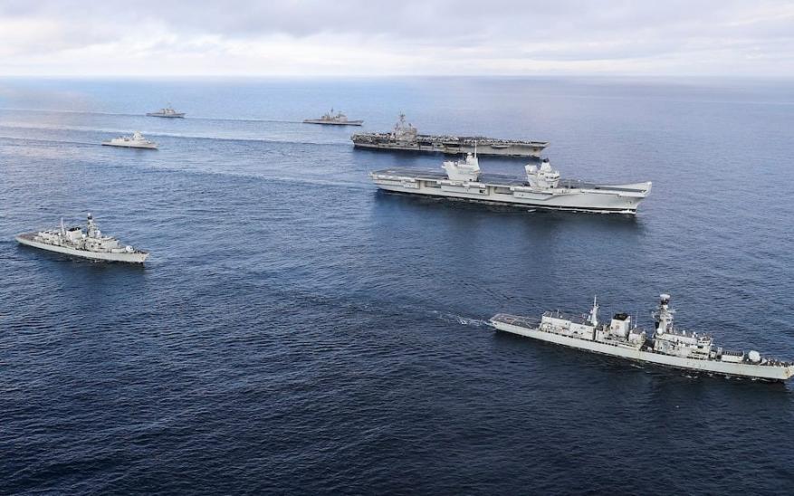 البحرية البريطانية تجري تدريبات مشتركة مع نظيرتها الأمريكية