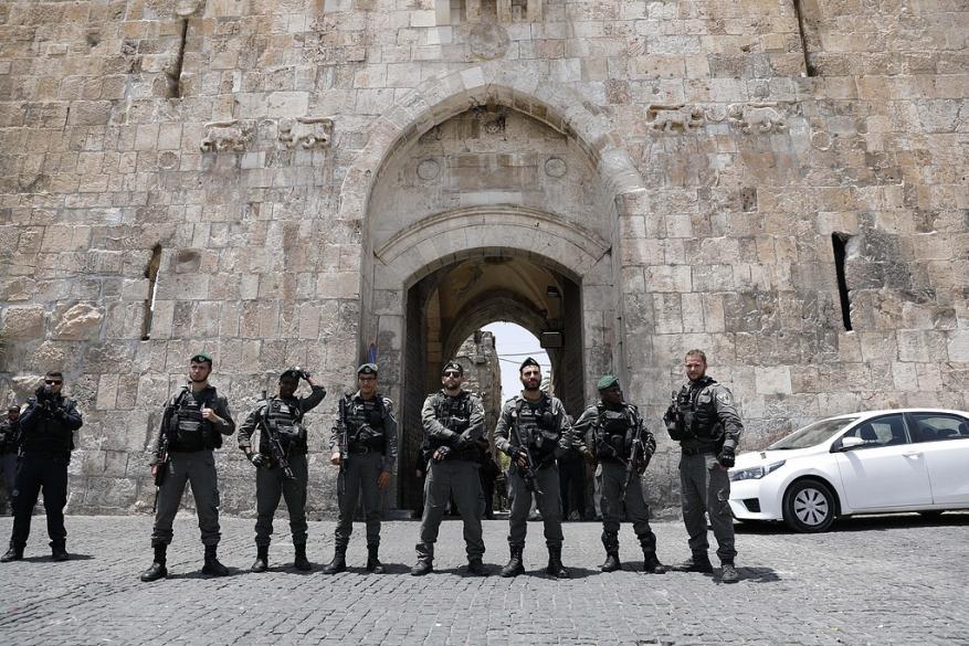 حماس والجهاد تدعوان إلى إعلان النفير وتصعيد الانتفاضة دفاعا عن الأقصى