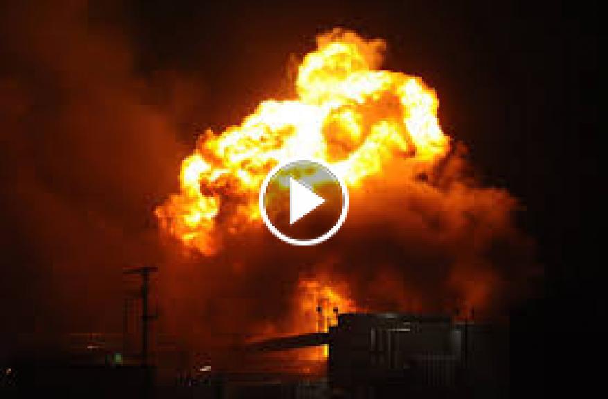 مقطع مصور يوثق انفجار ضخم في مقر للوحدات الكردية